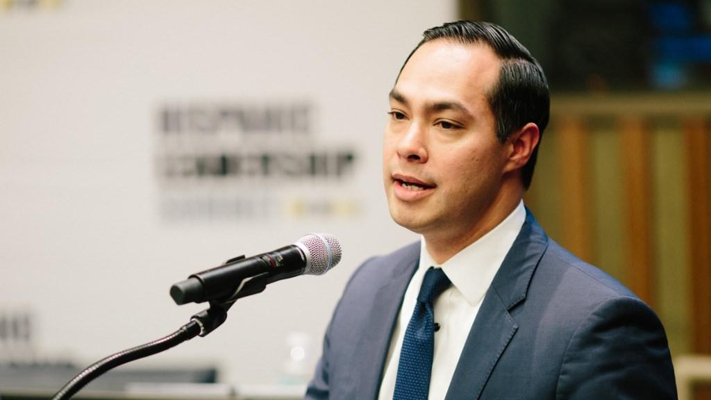 Julian Castro at the Hispanic Leadership1