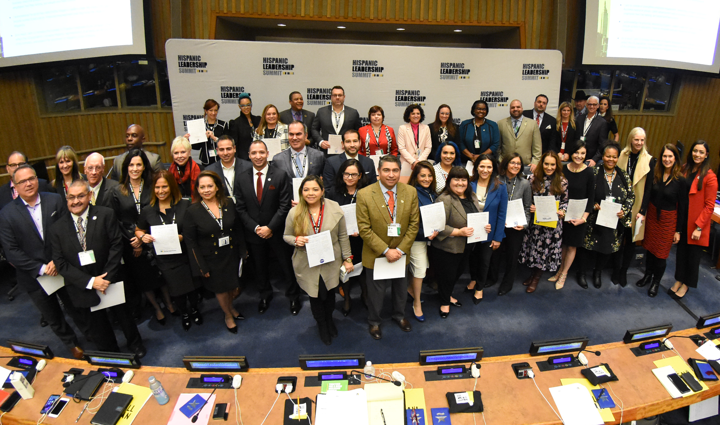 Hispanic Community leaders signed the hispanic promise in the United Nations